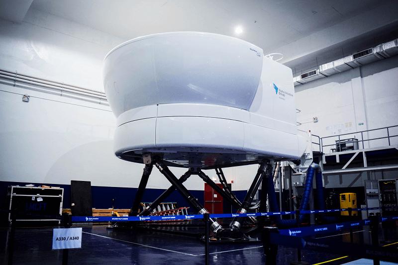 Simulator Training Center - Building Pilot Careers